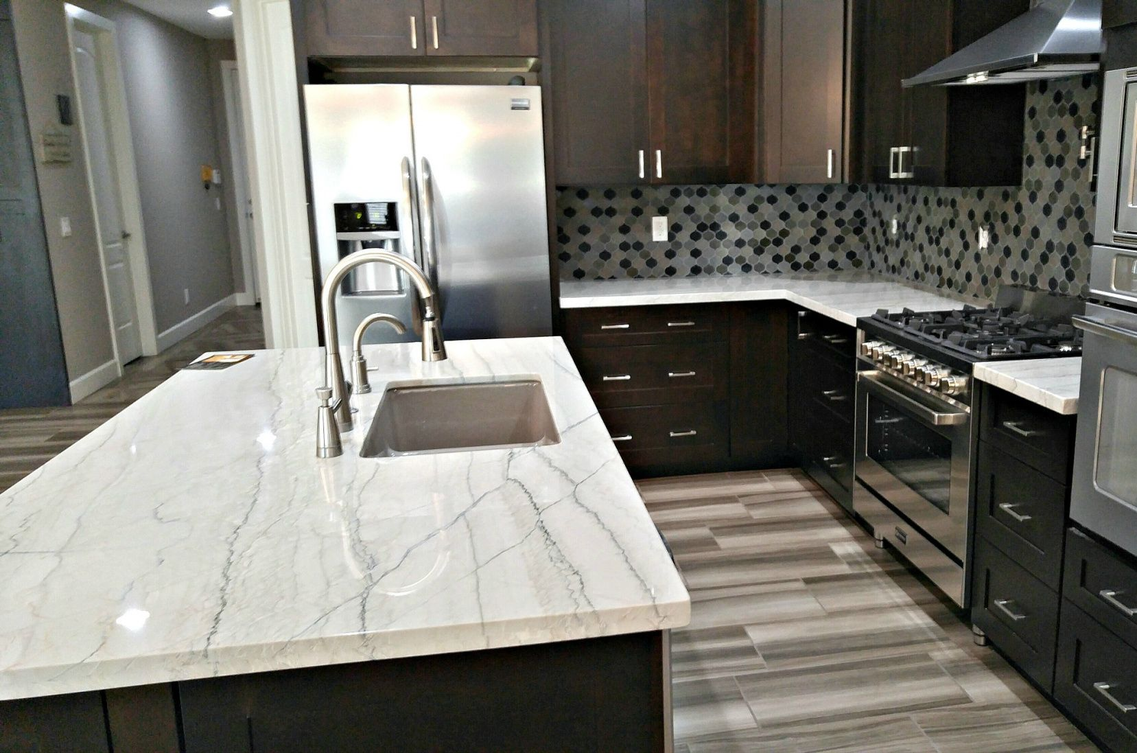 Pin By Erlangfahresi On Granite Countertops Colors Kitchen Remodel