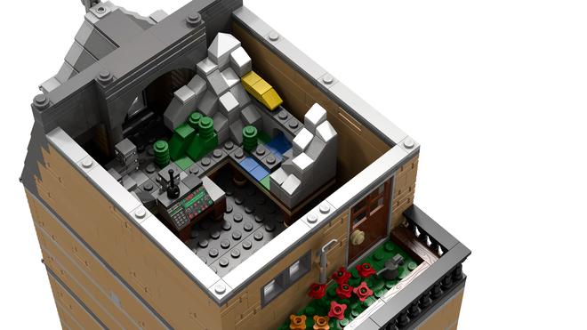 LEGO Ideas - Half Modular: Lucerne Town House