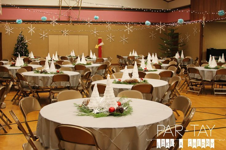 Polar Express Party The Whole Shibang Party Like A Cherry Christmas Party Centerpieces Ward Christmas Party Christmas Party Table