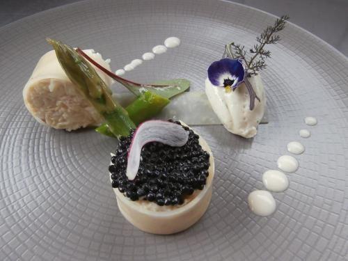 Restaurant La Ville Blanche, Rospez, France | Gastronomie ...