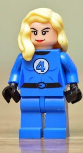 TYPE MINI FIGURINE  LEGO  LA TORCHE DES 4 FANTASTIQUES MARVEL