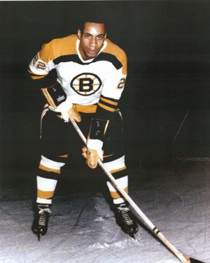 Willie O'Ree, first player of NHL of African descent, with ...