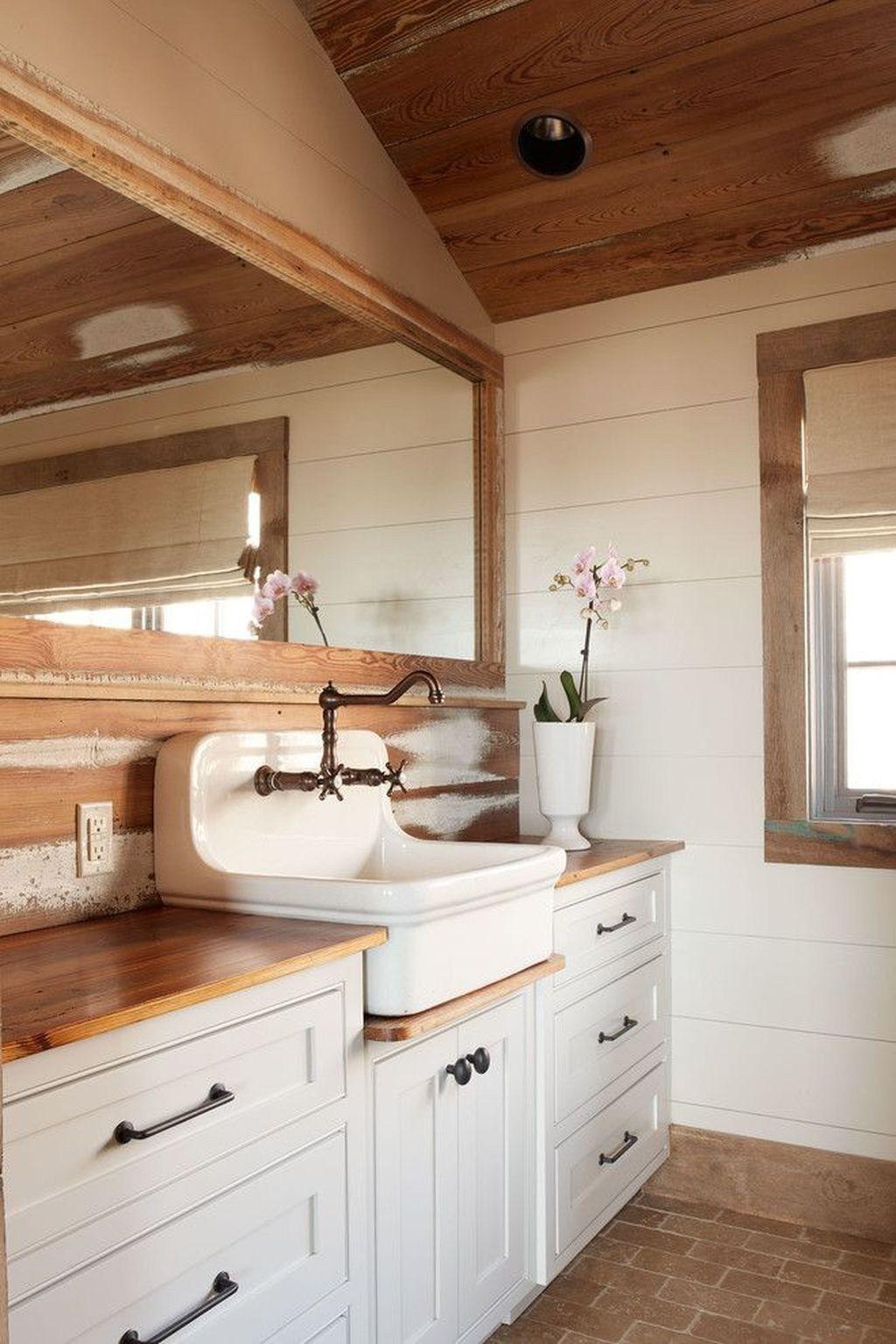 Cozy and relaxing farmhouse bathroom design ideas bathroom