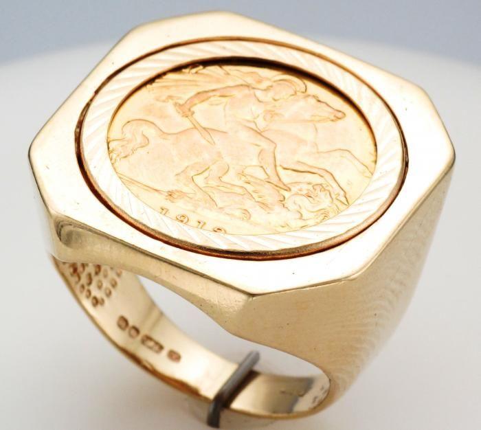 9ct Gold 1912 George V Half Sovereign Ring Attenborough