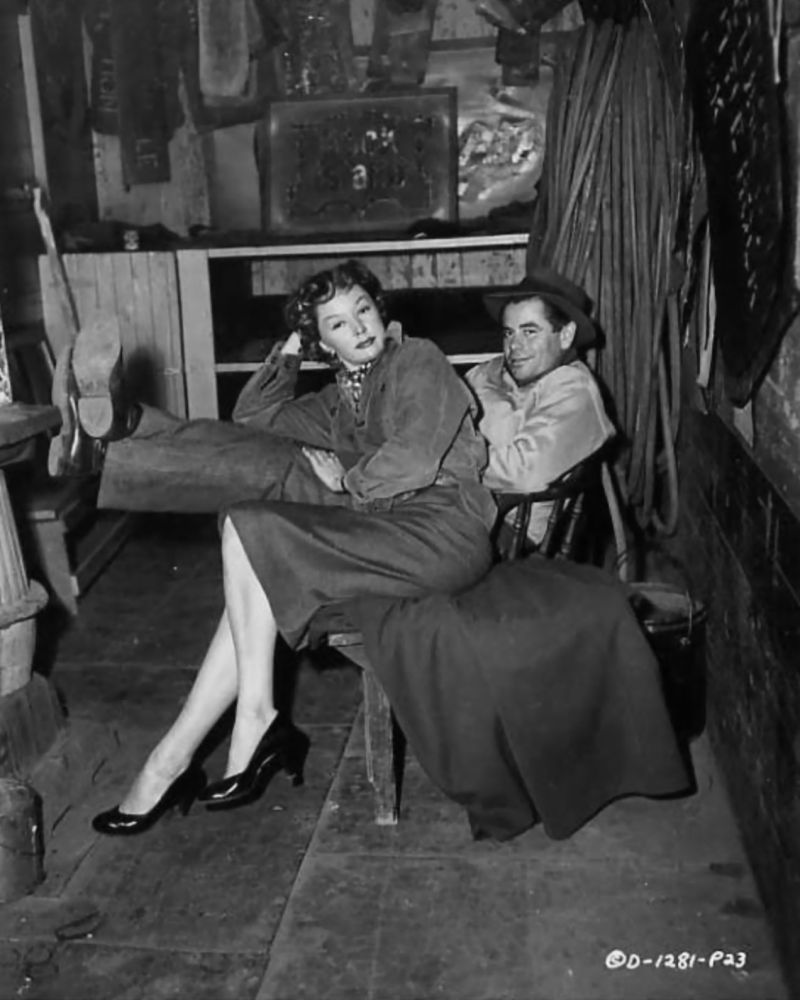 gloria grahame and glenn ford on the set of human desire