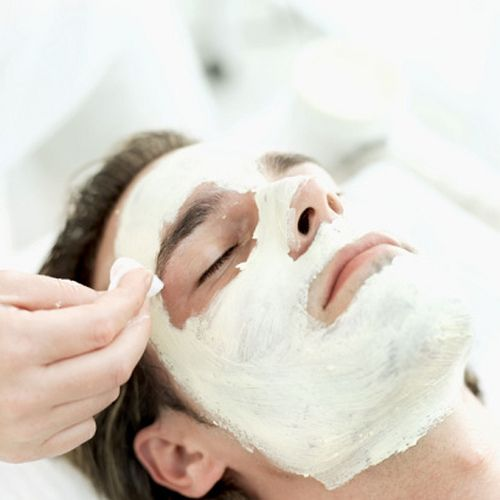 Doesn't dad deserve to be pampered too? Why not schedule him for a relaxing spa day for Father's Day? 562.621.1121. #ambiance_spa #facials #waxing #skincare #suncare #haircare #bodylotions #giftcard #FathersDay #shopsmall #shoplocal #shop4thstreet #shopLBC #BelmontHeights #repost
