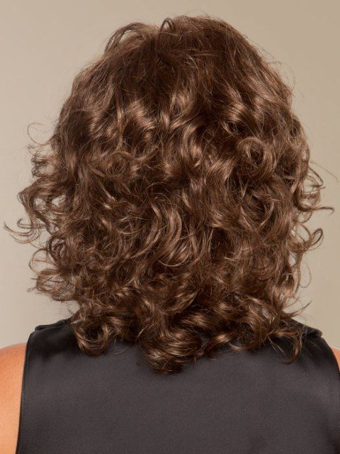 16 Must Try Shoulder Length Hairstyles For Round Faces Hair Styles Shoulder Length Hair Medium Curly Hair Styles