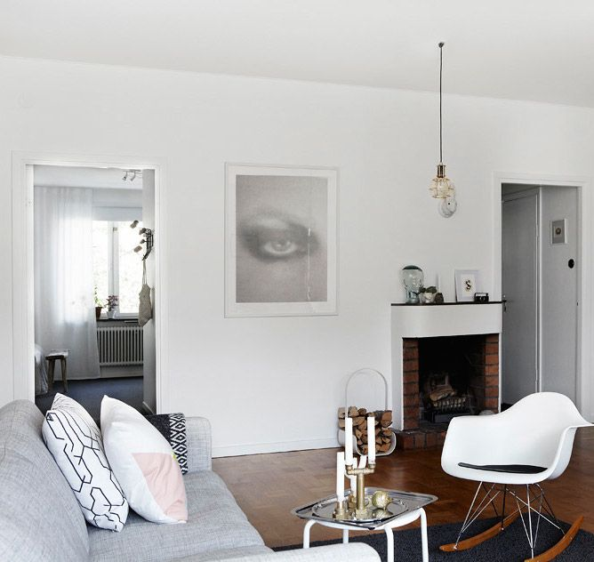 Flat with beautiful light and vintage items - via cocolapinedesign.com