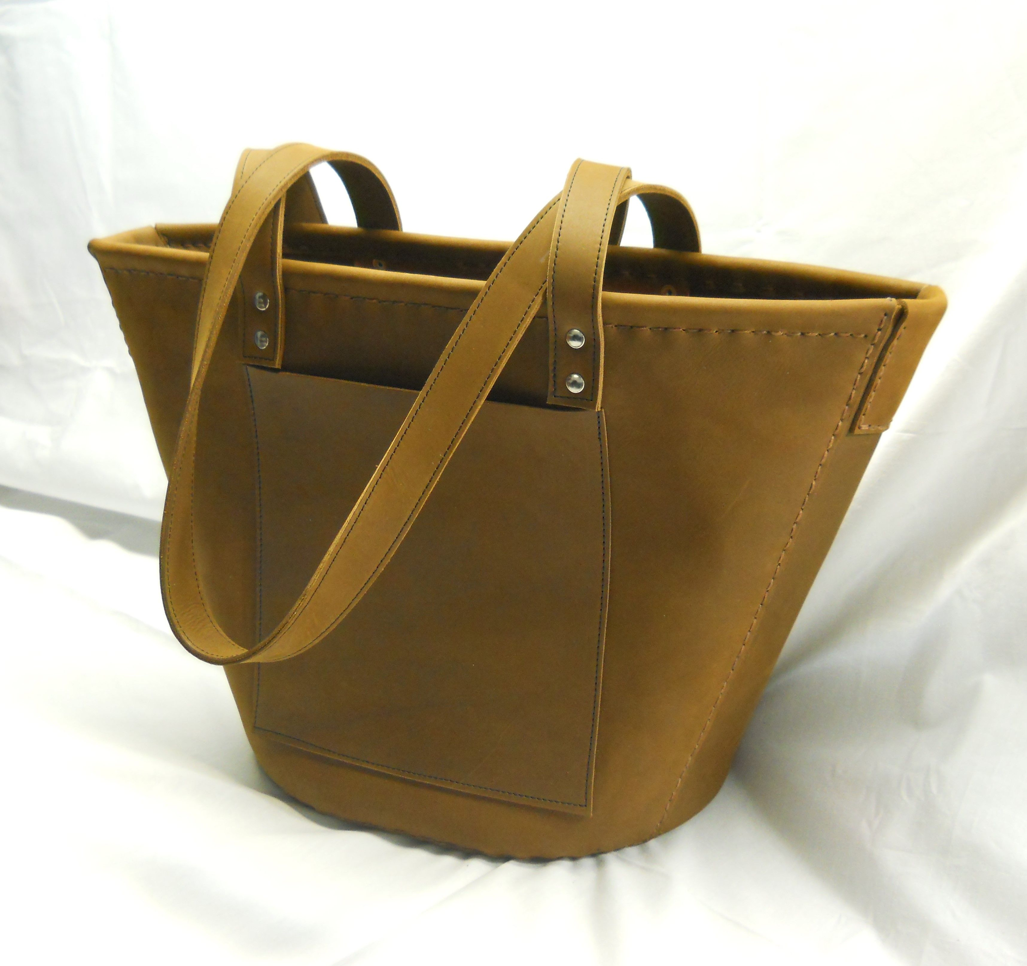 2626f6eb6d This is a FEATURED PRODUCT at Awl Made Here  The Juny Tote A great every