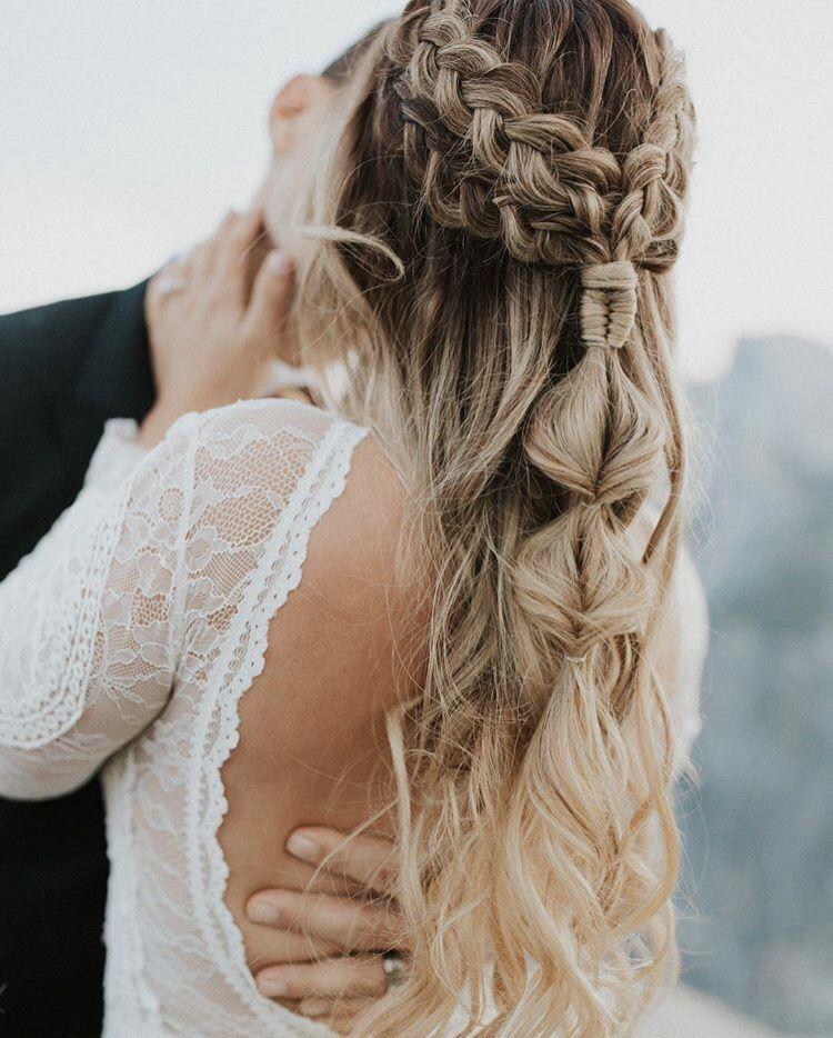 Tonigphoto Brautfrisur Frisur Hochzeit Boho Frisuren