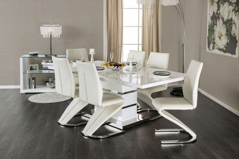 Modern White Table And Chairs
