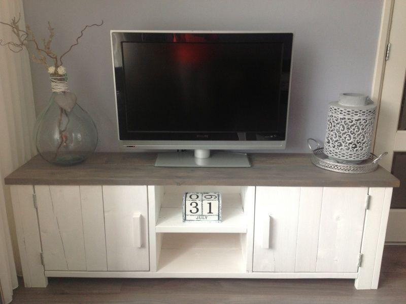 Prachtige tv meubel | Steigerhouten Boekenkast, tv meubel | No:14 ...