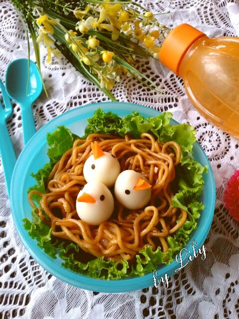 Noodle Bento Birds Nest