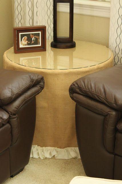 DIY Ruffled Burlap Tablecloth