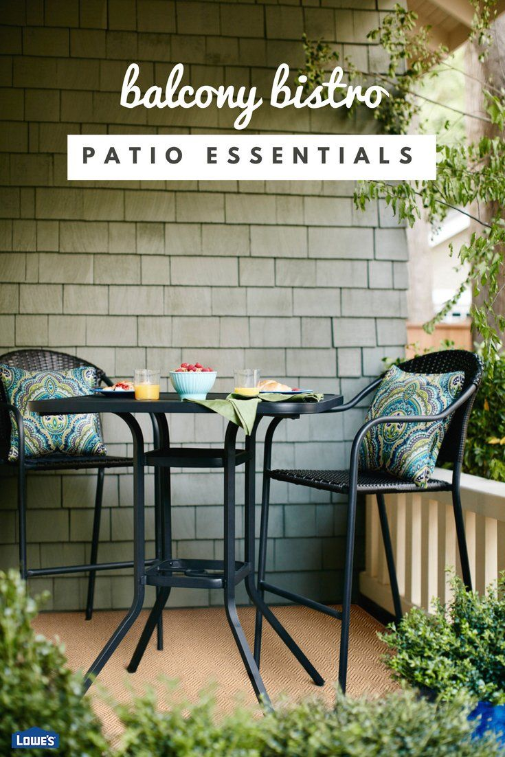 There's something about springtime and eating outdoors. From small bistro sets to larger tables made for entertaining, we have everything you need to create an outdoor dining area you'll enjoy all season.