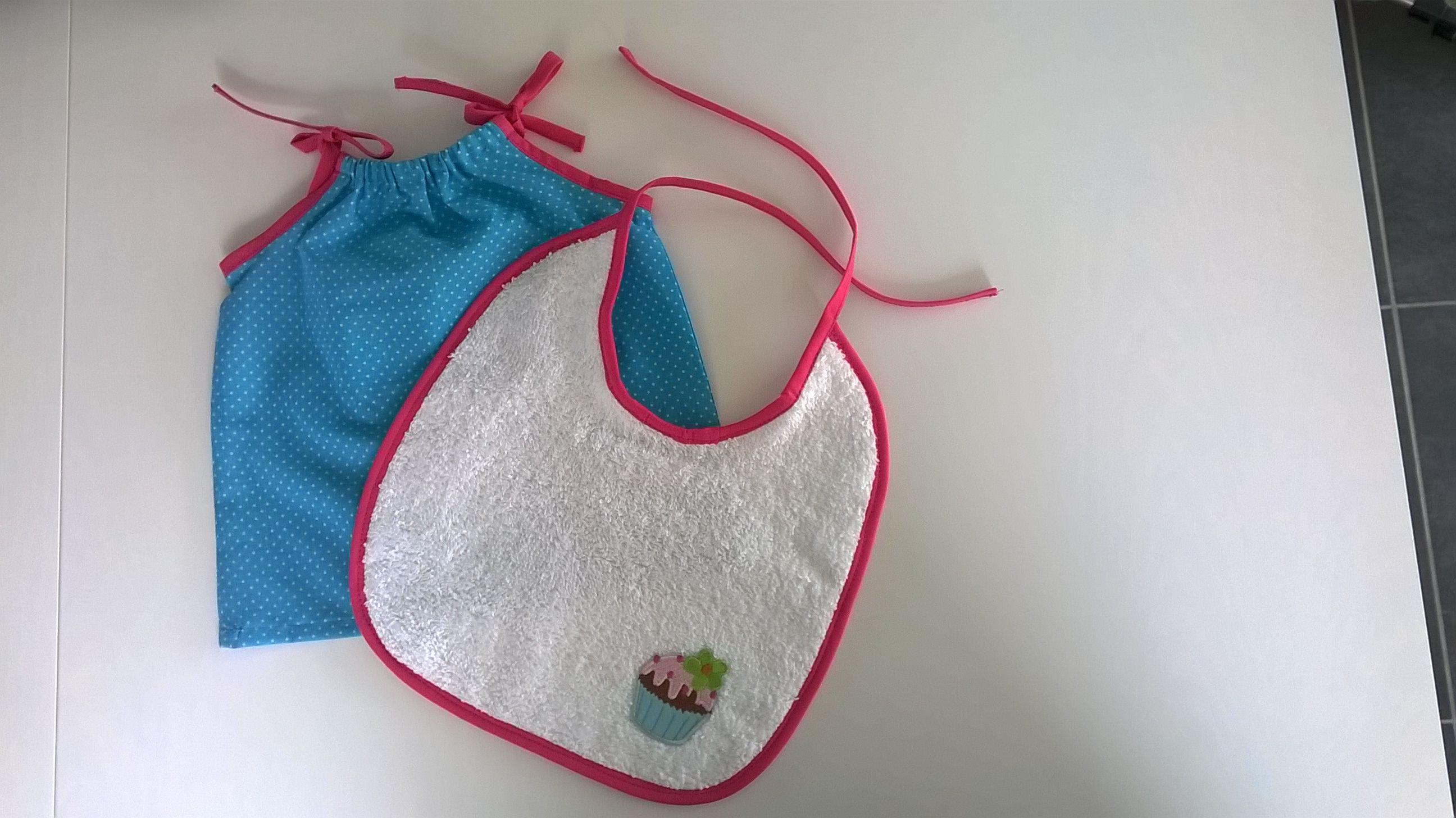 Baby dress + bib