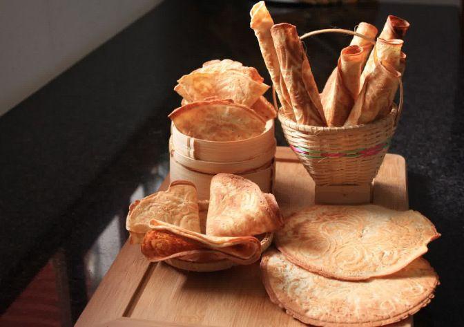 Hasil gambar untuk kue semprong nangka