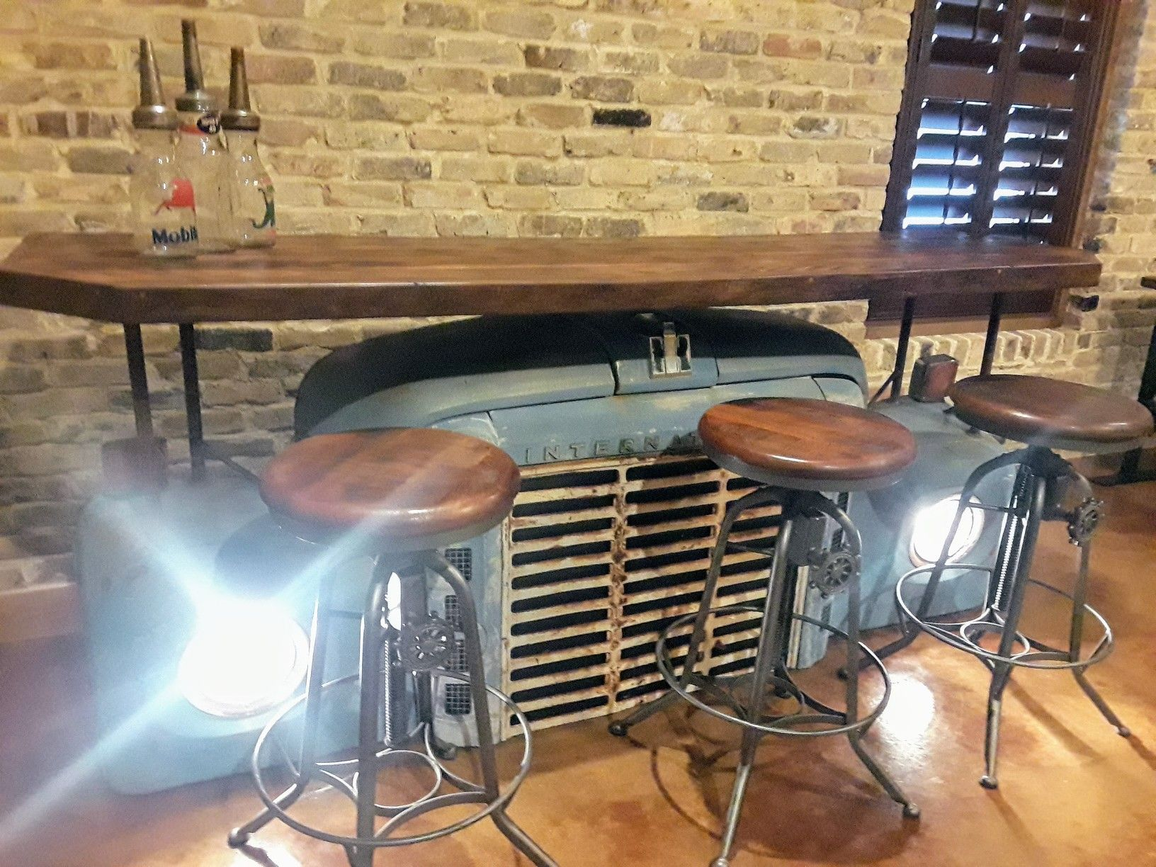 The Coolest Groom S Room Bar Found At The Chandelier At Gruene
