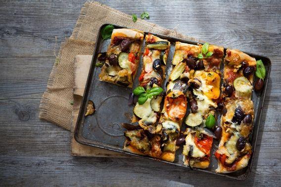Homemade-Pizza_BorrowedLight_11
