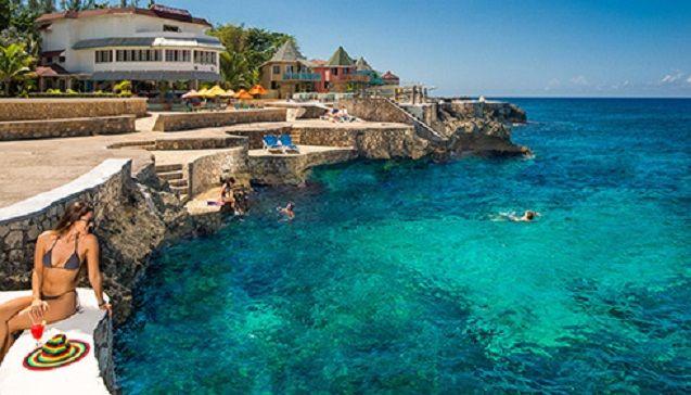 Best Beach Bars - Ricks Cafe, Negril, Jamaica   Wallpaper