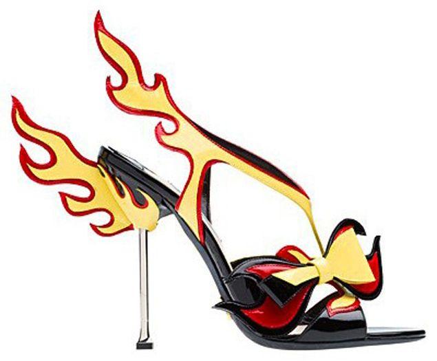a91cd350a objeto de desejo alert!!! sandália da prada   Moda   Prada, Zapatos ...