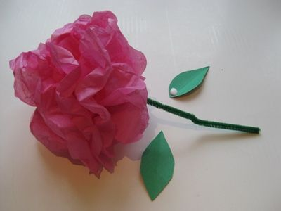 How to make tissue paper flowers in 10 easy steps tissue paper how to make tissue paper flowers a beautiful and easy craft for kids mightylinksfo