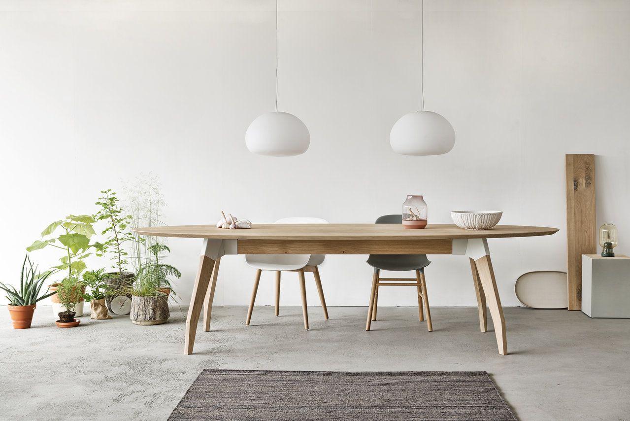Afbeeldingsresultaat voor houten ronde eettafel kunststof