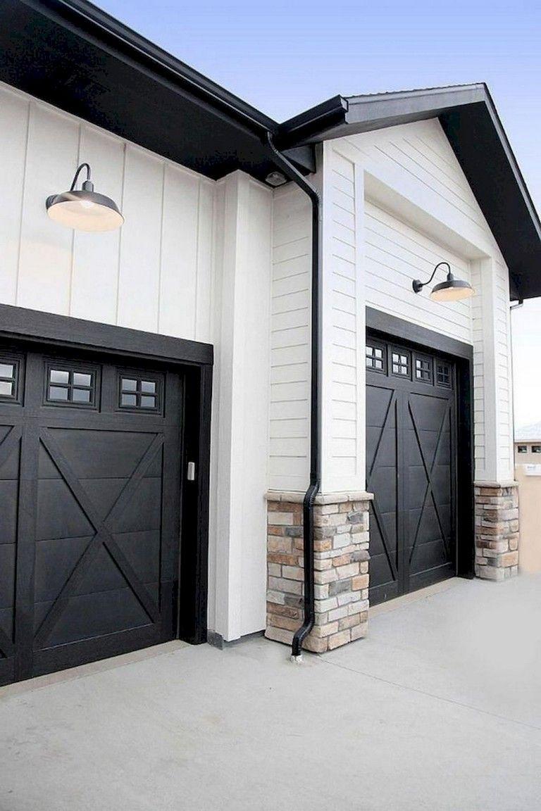 64+ Lovely Modern Farmhouse Exterior Designs #modernfarmhousestyle