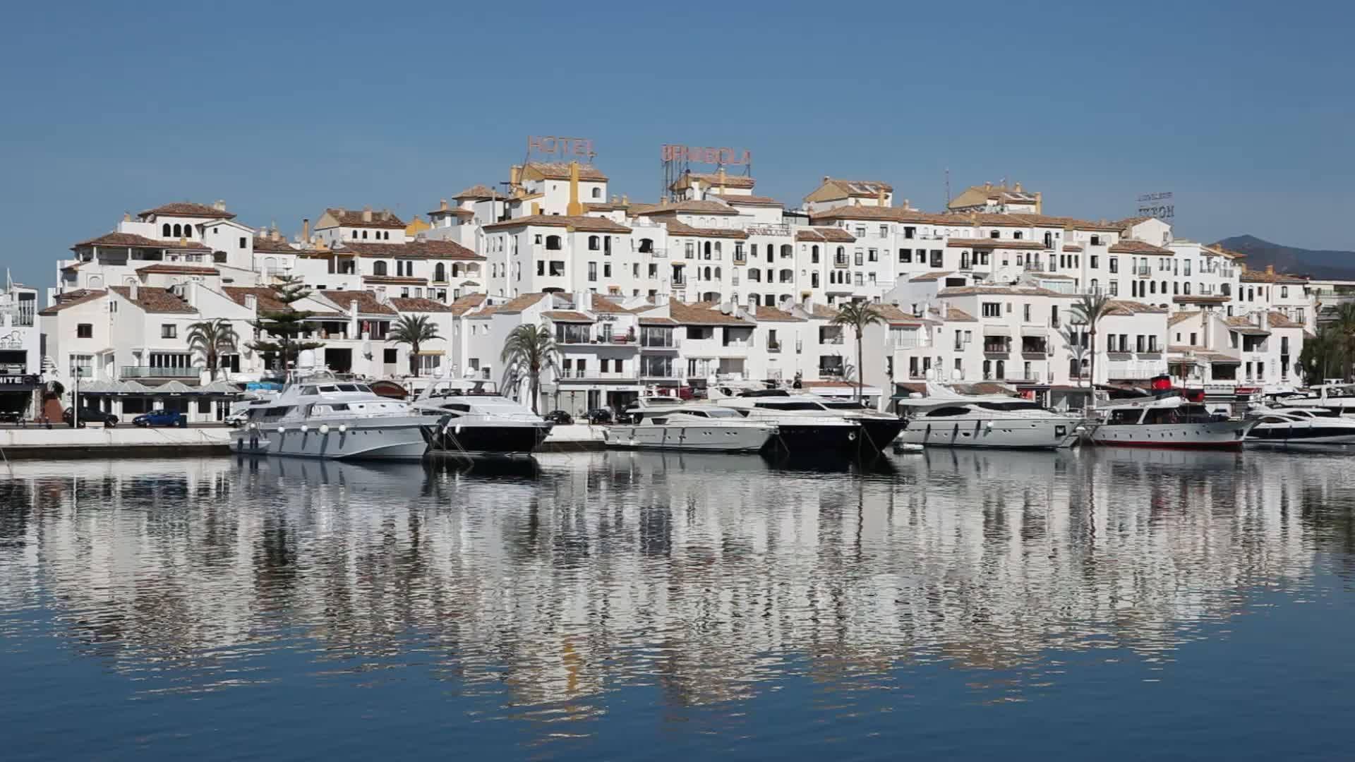 Pin by yacht computer service on costa del sol marbella for Puerto banus costa del sol