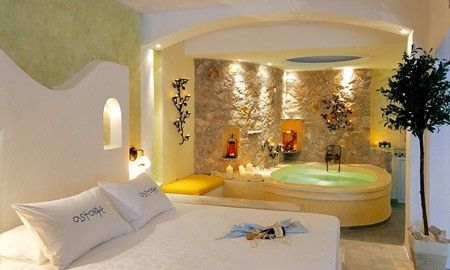 Les Suites DHotels Chambre D Htel Avec Jacuzzi  Nice Places