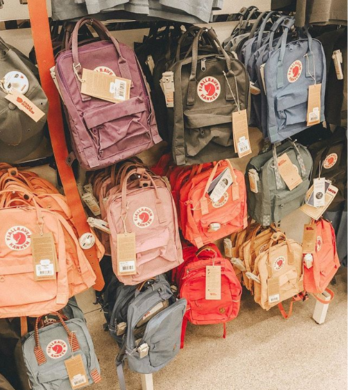 13a49ffbbee8 The cutest little bags I ve ever seen  ) if you have a kanken