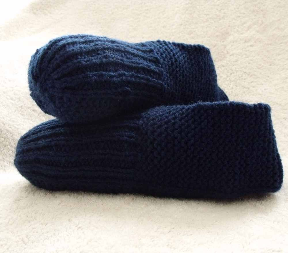 Hand knit slippers | Poncho\'s, Shawls, Scarves, Outerware and Stuff ...