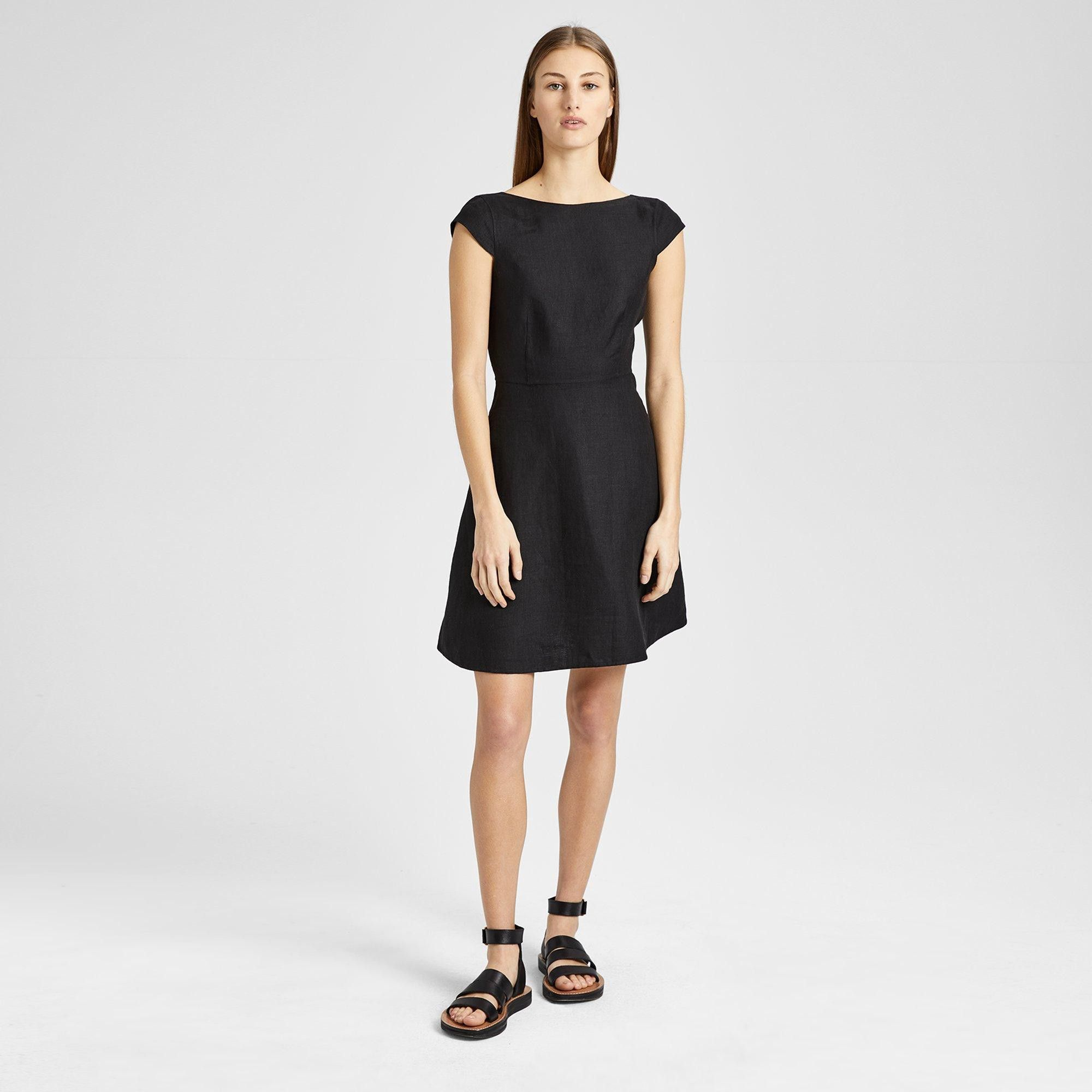 8153aef9 Theory Double-Faced Linen Cap-Sleeve Shift Dress - White Black 10 ...