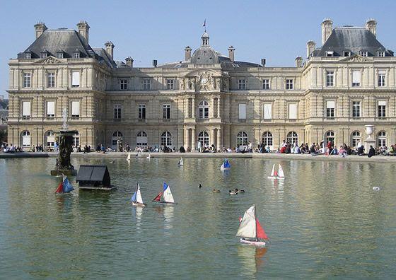 Les Petits Bateaux Au Jardin De Lux Jardin Du Luxembourg Paris