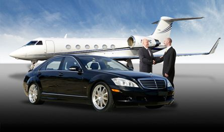 Platinum Cars Is A Premier Transportation Company In Wokingham And The Surrounding Areas We Provide Airport Limo Service Transportation Services Airport Limo