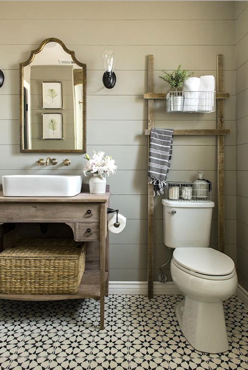 24 Ideas To Decorate And Organize A Small Bathroom With A Tight Budget Beautiful Bathroom Renovations Small Bathroom Remodel Bathroom Design Small
