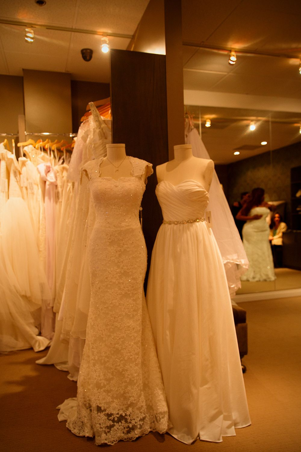 Amazing wedding gowns at amazing prices big sample sale for Downtown los angeles wedding dresses