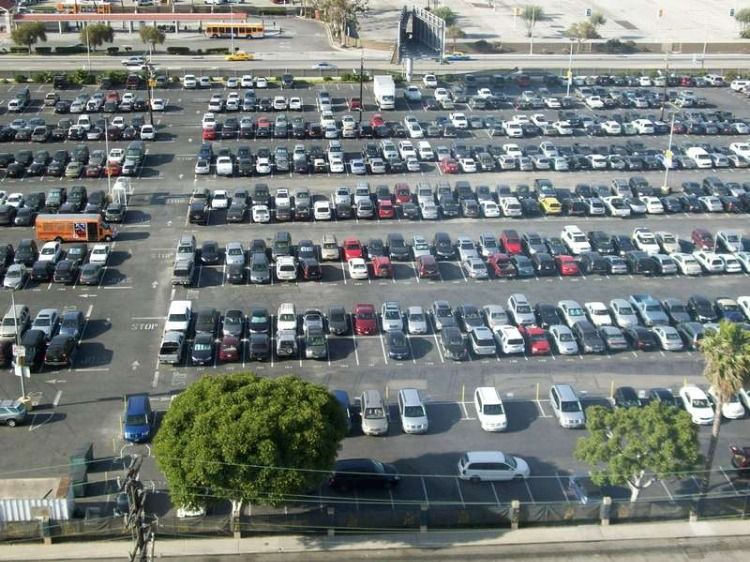 Easy Parking At Lax Los Angeles Airport Airport Parking Lax