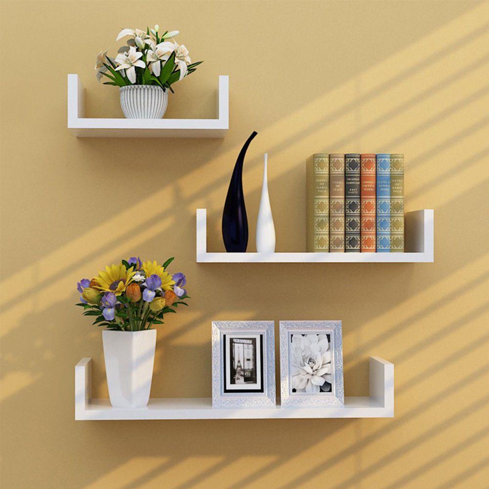This U Shape Floating Shelves Boasts A Simple Yet Attractive Look No Visible Brackets Fo Decoracao De Molduras Decoracao De Casa Ideias De Decoracao Para Casa