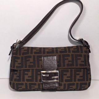 2d373317b7b5 Fendi-Vintage monogram Baguette handtas   schouder tas Een