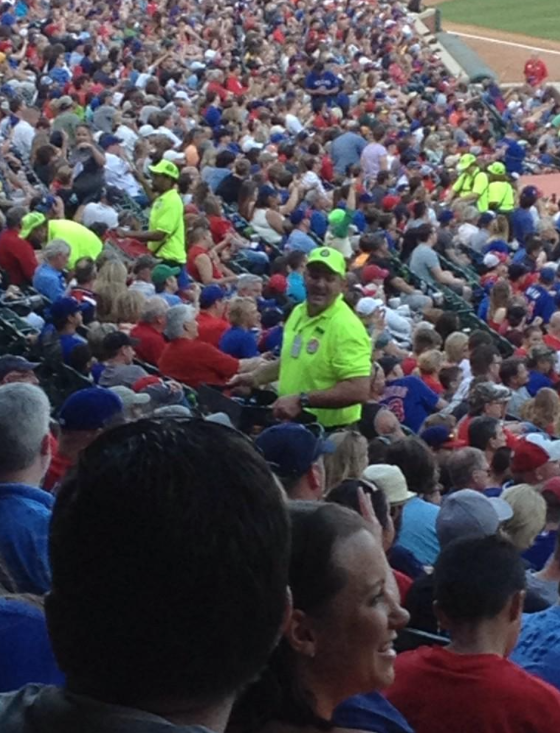 Smart of Texas Rangers to put vendors in neon yellow