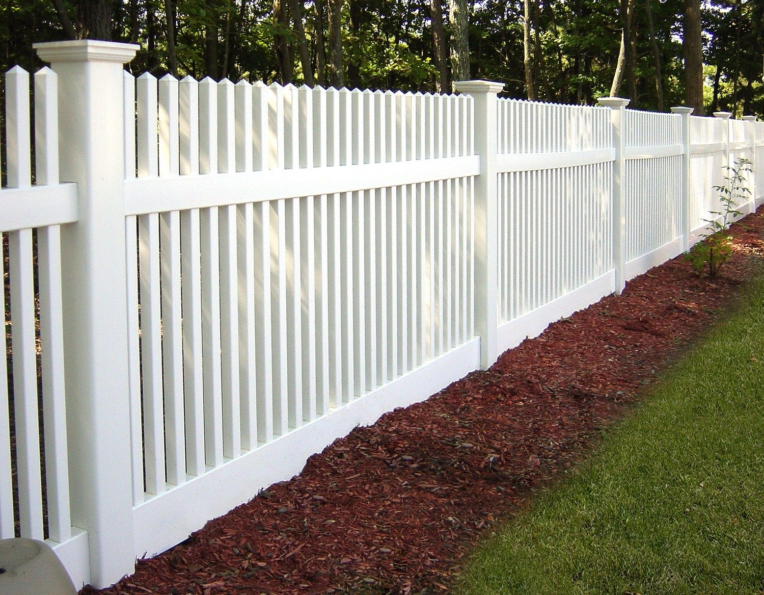 of Illusions PVC Vinyl Wood Grain and Color Fence
