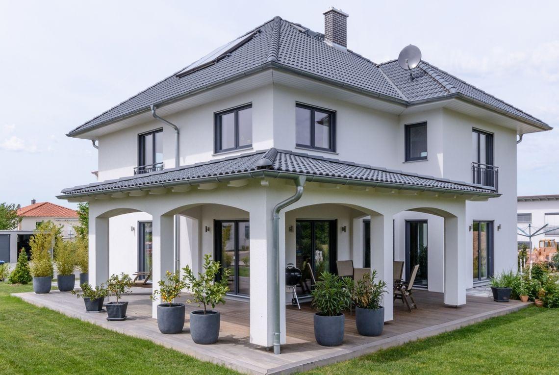 Aussenansicht Terrasse Haus, Haus außendesign, Haus pläne