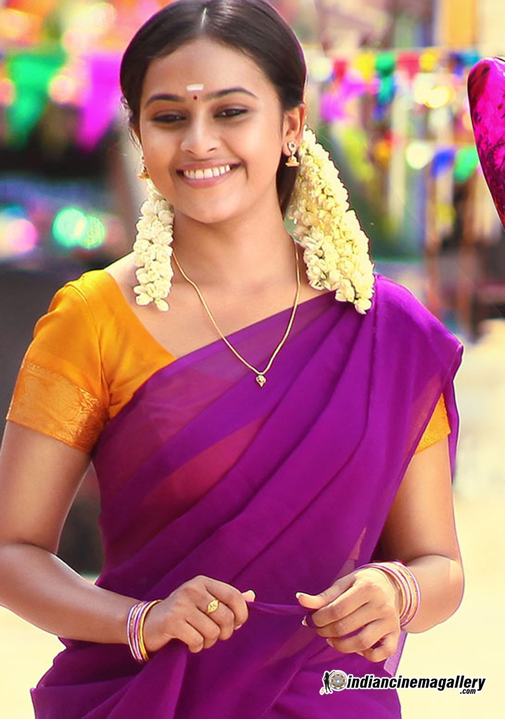 Sri Divya With Images  Indian Fashion Jewellery -4642