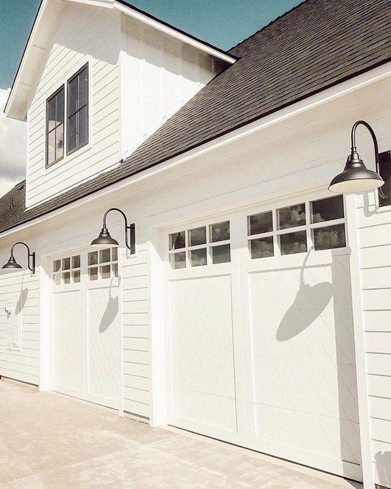 45 Beautiful Modern Farmhouse Exterior Design Ideas 4 Fieltro Net Garage Door Design Garage Door Styles Modern Farmhouse Exterior