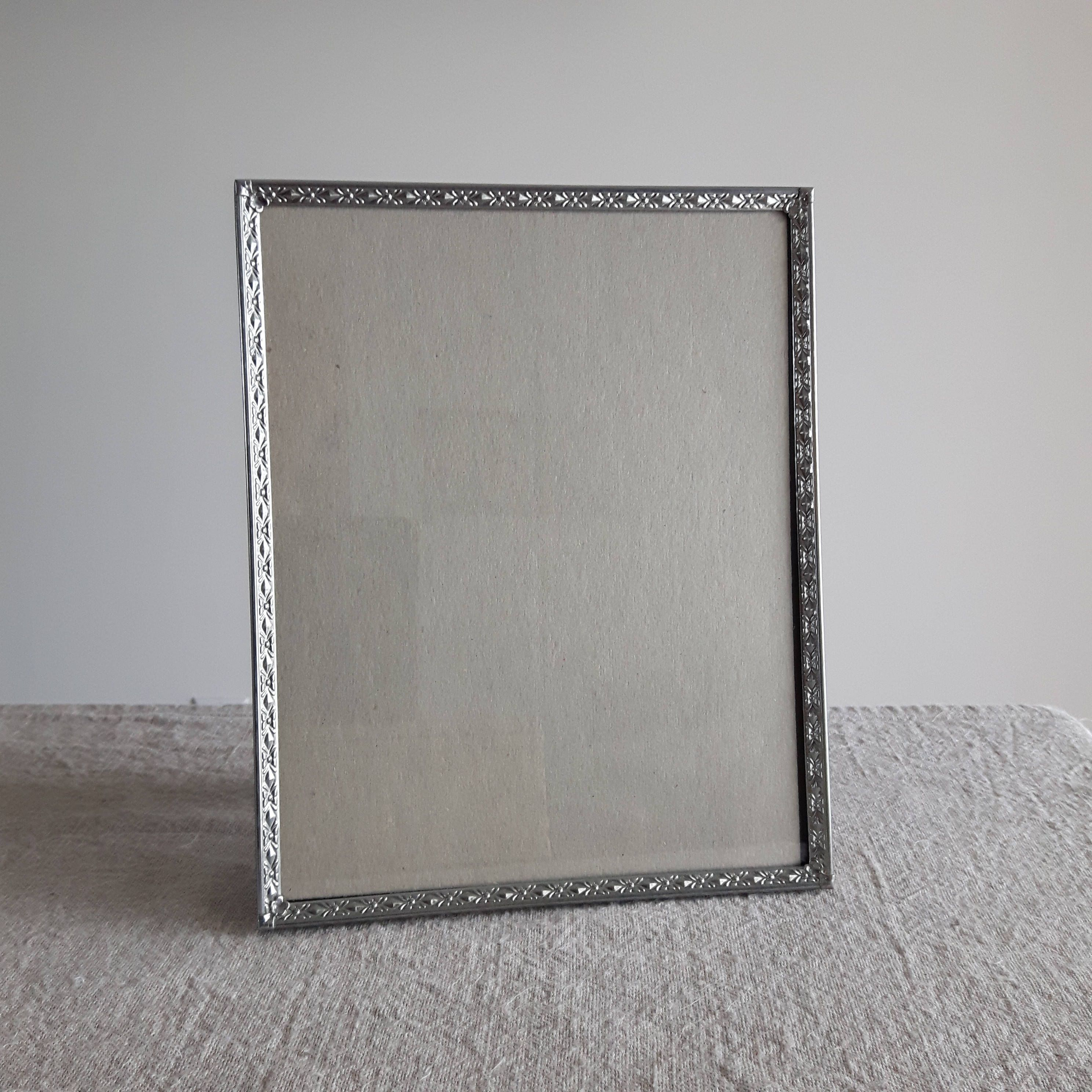 8 X 10 Silver Tone Metal Picture Frame W Moderately Detailed