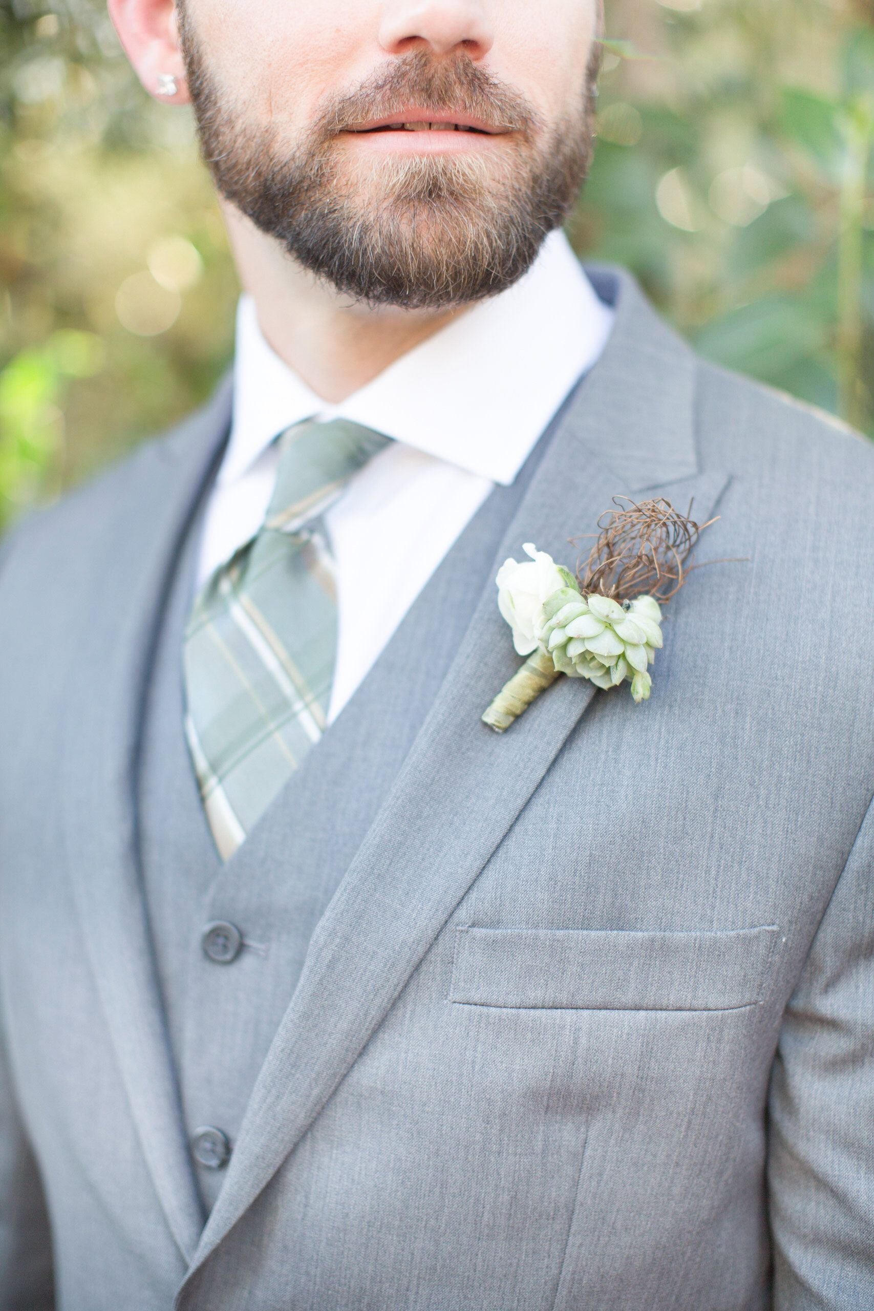Meghan & Ben\'s El Chorro Wedding | Pinterest | Gray tux, Green tie ...