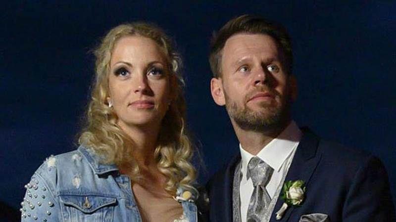 Hochzeit Auf Den Ersten Blick Cindy Alex Heftiger Krach In Den Flitterwochen Hochzeit Auf Den Ersten Blick Flitterwochen Hochzeit