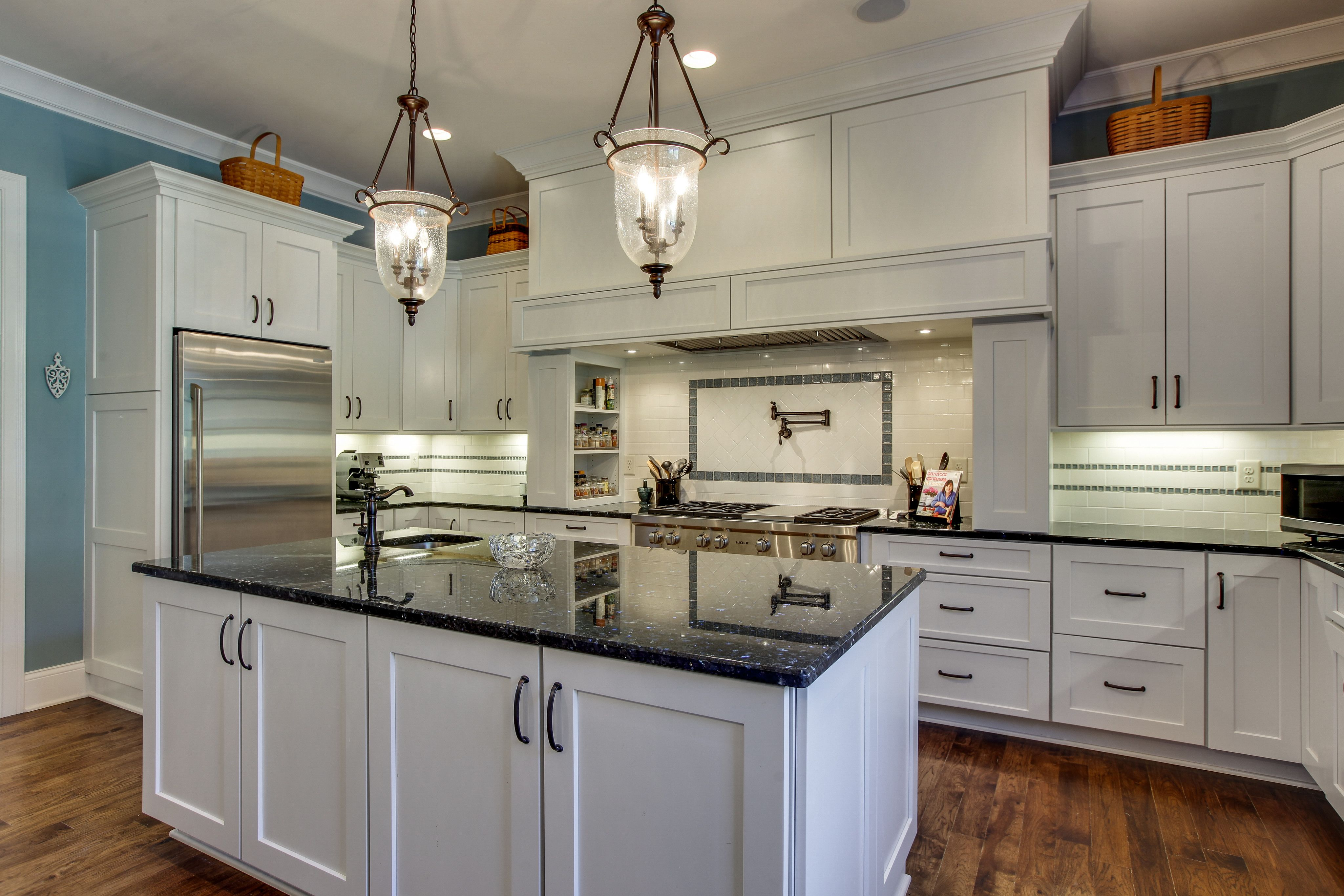 Image Result For Kitchen Cabinet Trends 2017 Farmhouse Style