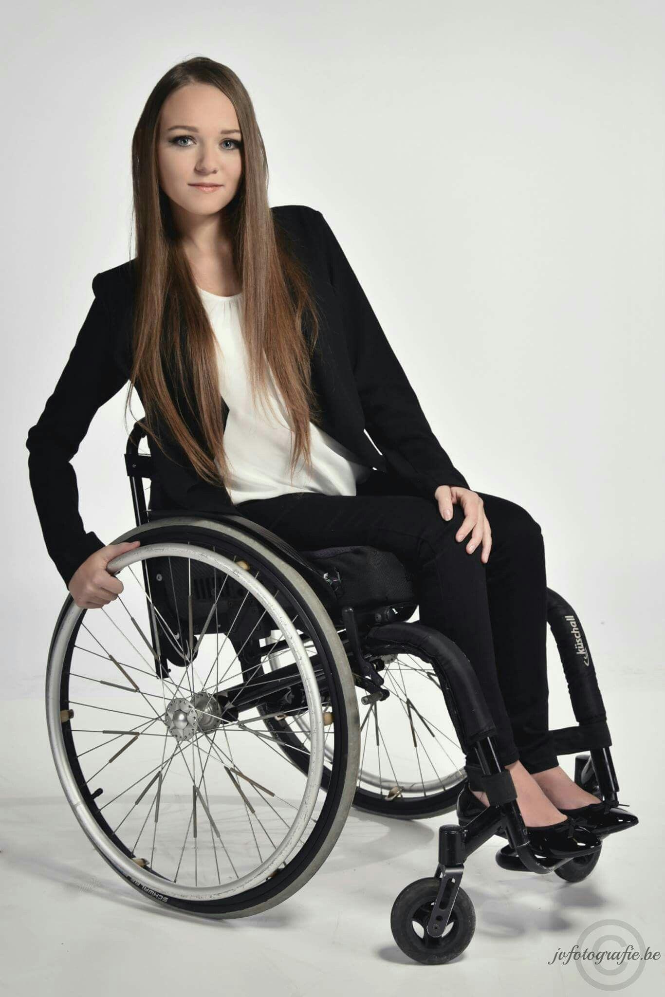 Rollstuhl Frau